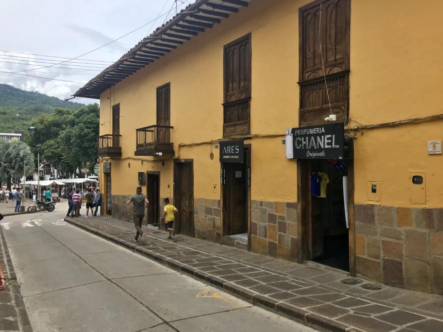 Paris-Bogota (2/2)
