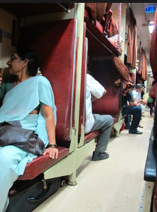 Le train, l'automobile du pauvre.